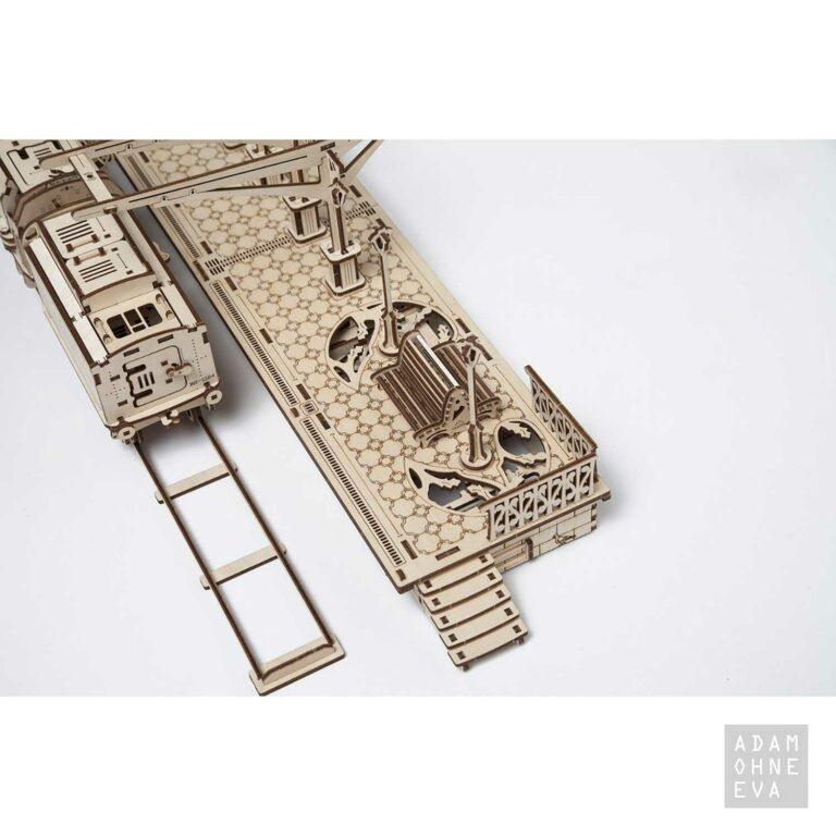 Bahnsteig aus Holz – 3D-Puzzle Modellbau mit 196 Bauteilen, Ugears   Geschenke für Männer