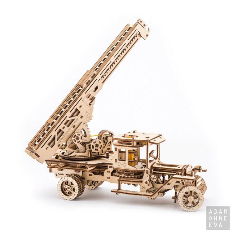 Feuerwehr-Drehleiter aus Holz – 3D-Puzzle Modellbau mit 537 Bauteilen, Ugears | Geschenke für Männer
