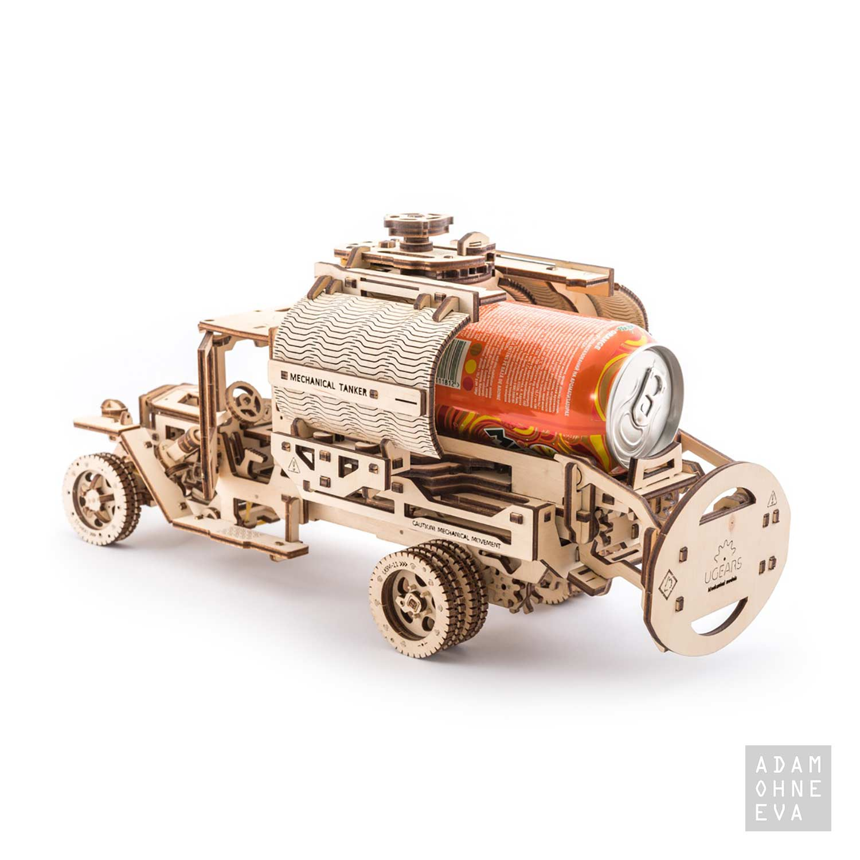 lkw tankwagen aus holz 3d puzzle modellbau mit 594 bauteilen. Black Bedroom Furniture Sets. Home Design Ideas