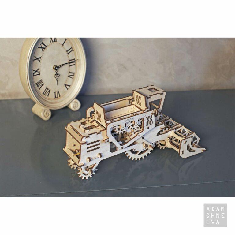 Mähdrescher aus Holz – 3D-Puzzle Modellbau mit 154 Bauteilen, Ugears | Männergeschenke